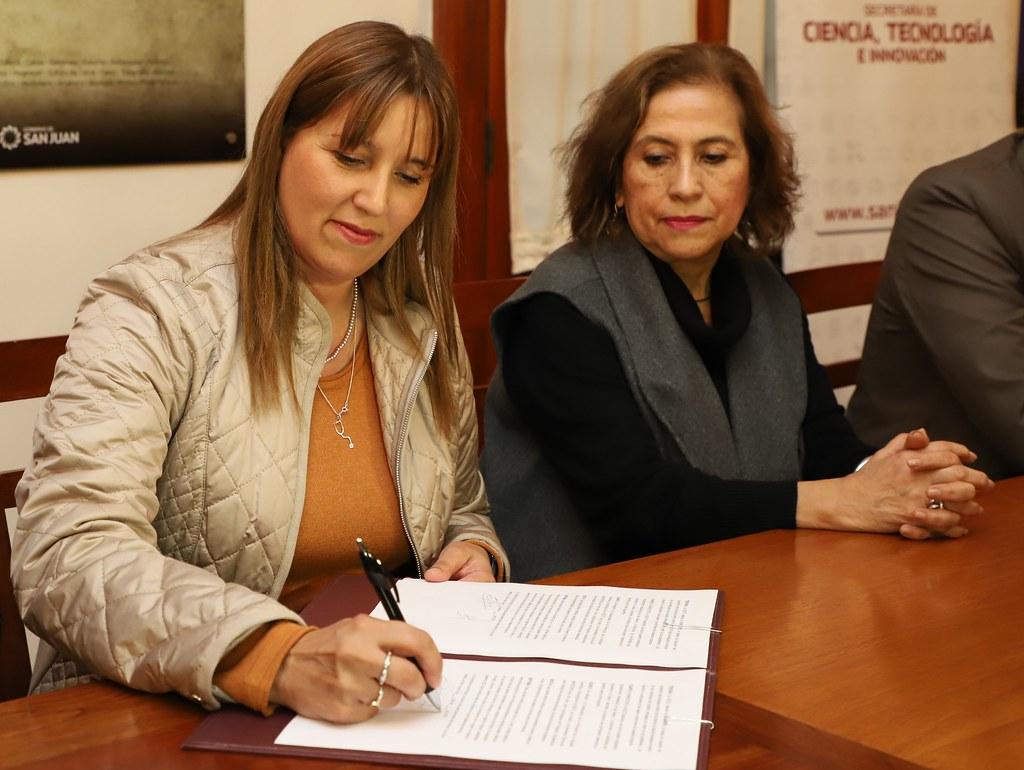2019-09-06 PRENSA: Firmaron convenio para la formación de Recursos Humanos en Salud