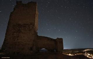 El carro y el castillo y pueblo de Torresaviñan