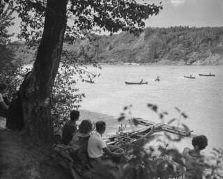 Canoe race, Whitemud Creek, Edmonton, Alberta