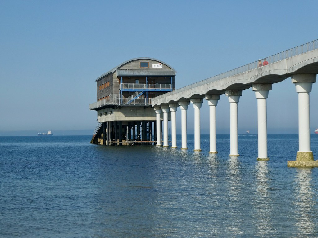 Bembridge Pier Lake to Ryde walk
