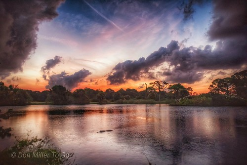 gator sunriselovers sunrise dusk water d810 nik lakes rookery skyscape skypainter