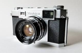 Yashima's First 35mm Rangefinder - April 1958