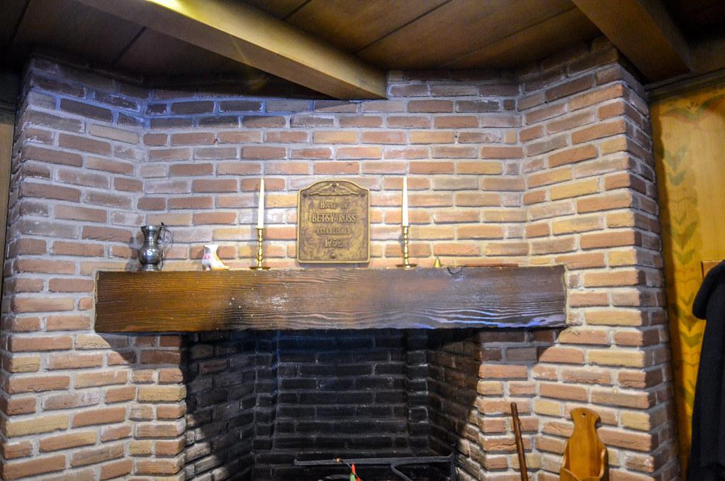 Betsy Ross Liberty Tree Tavern MK