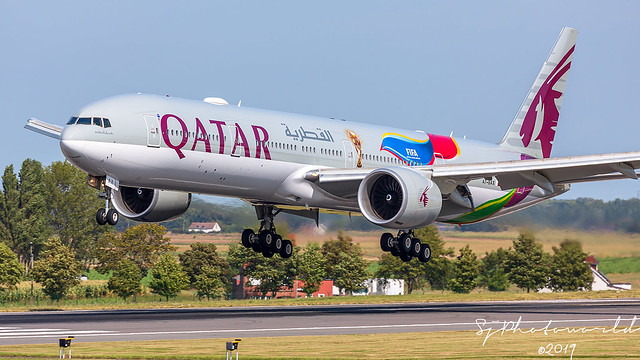 Qatar Airways Boeing B777-3 A7-BAX