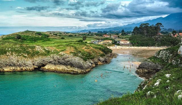 La playa de Poo.  Asturias