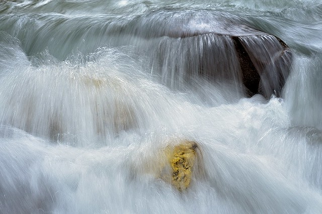 Italy, mountain creek