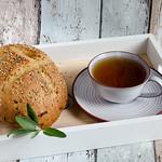 Brot mit Salbei und Lauch