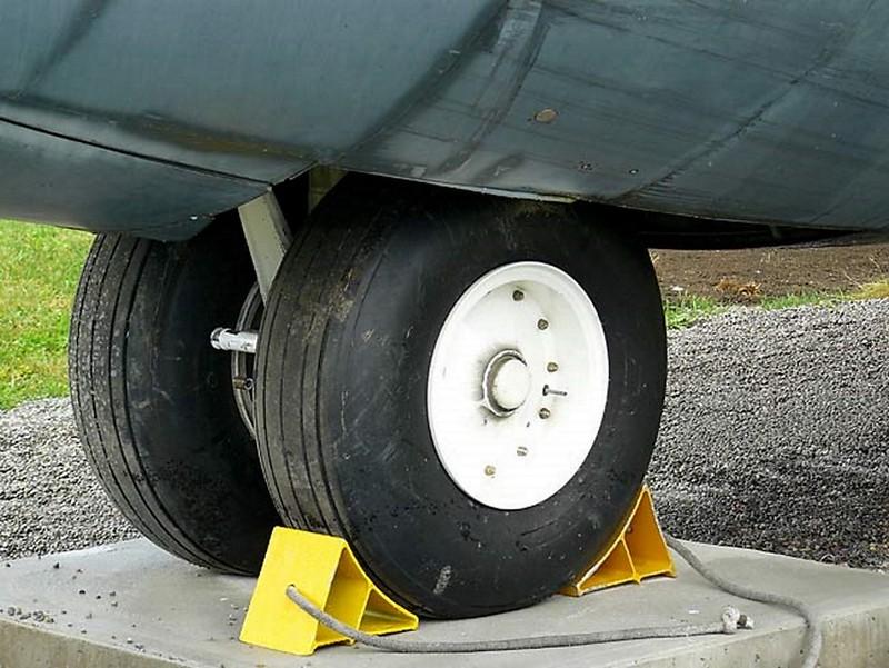 Lockheed C-130 Hercules 4