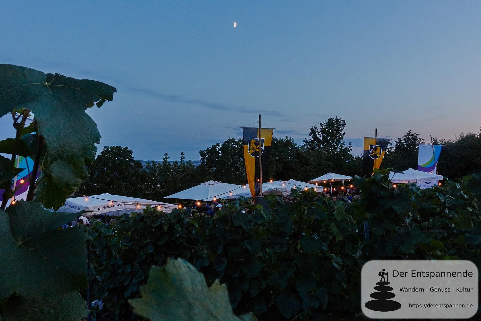 Mond über der Weinprobe in den Weinbergen zur Selzer Kerb 2019