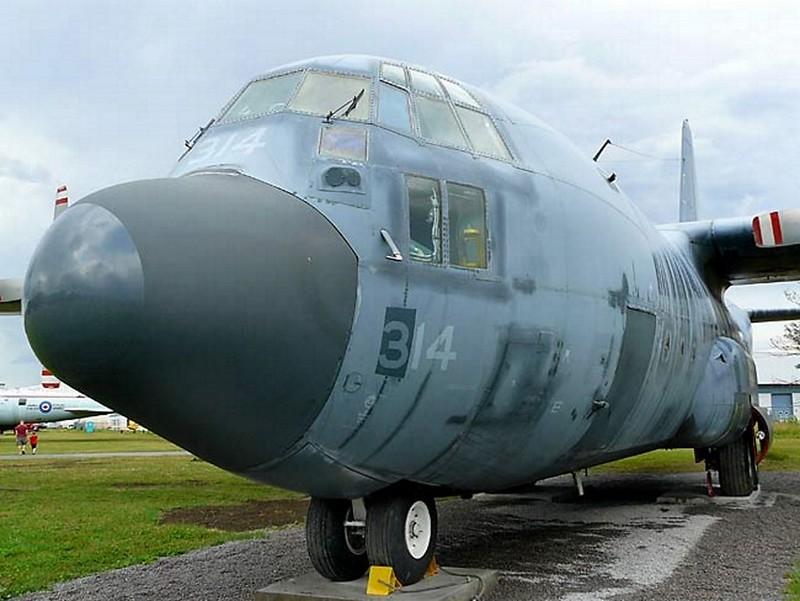 Lockheed C-130 Hercules 3