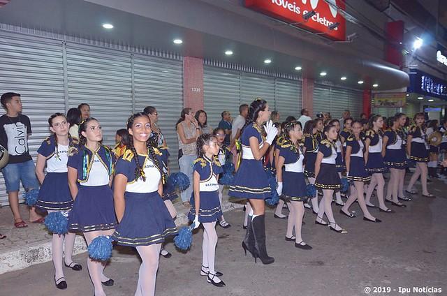 Ipu realiza desfile cívico em alusão ao dia 7 de setembro