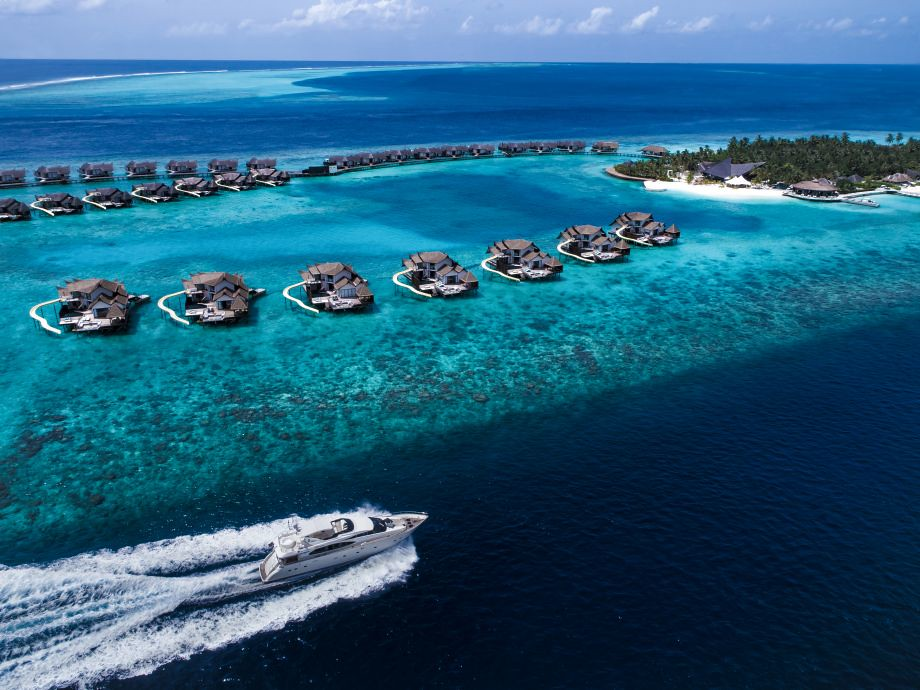 The first luxury floating villa in the Maldives