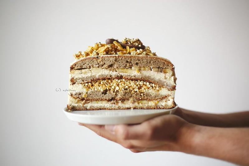 banana tahini cake