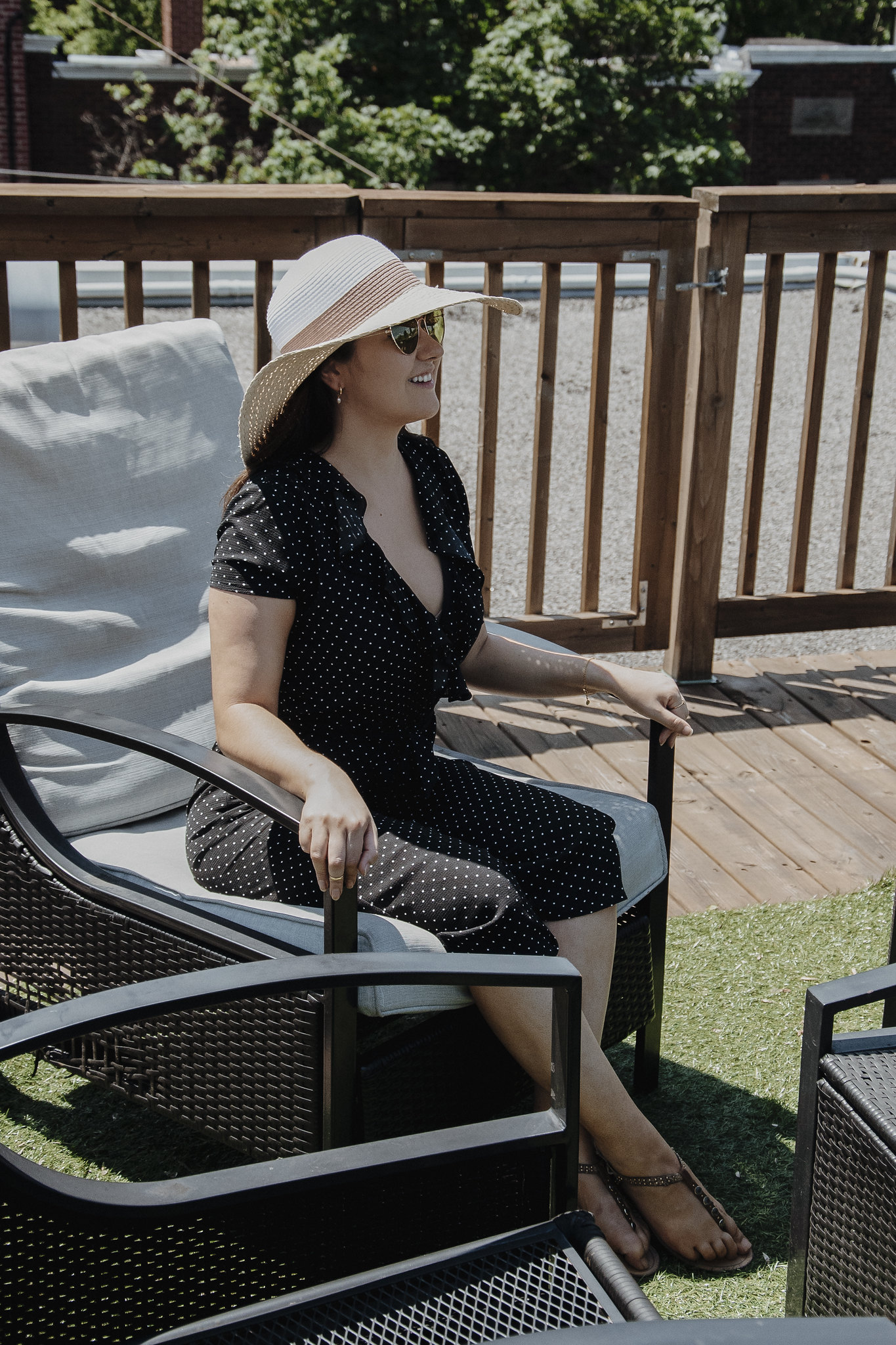 marie-chloe falardeau une-piece gros chapeau