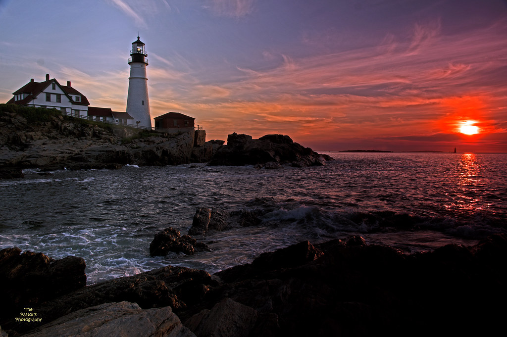 Portland Headlight at Sunrise (2)