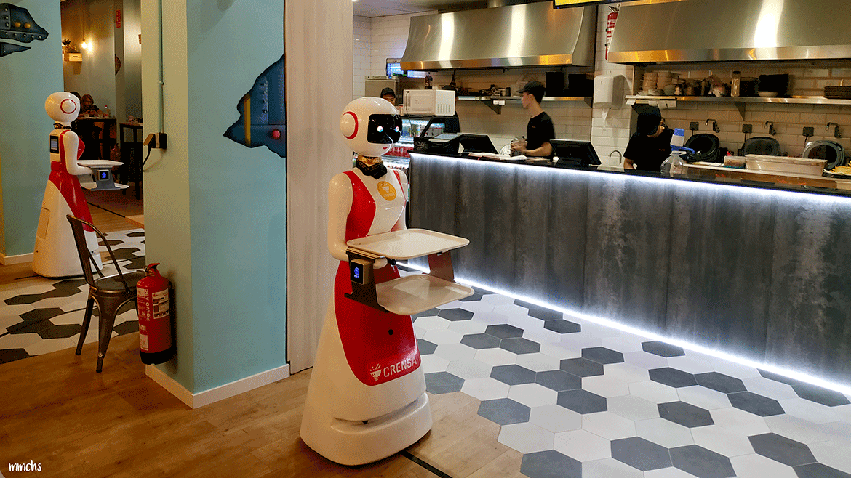 Restaurante Crensa Valencia, donde los camareros son robots