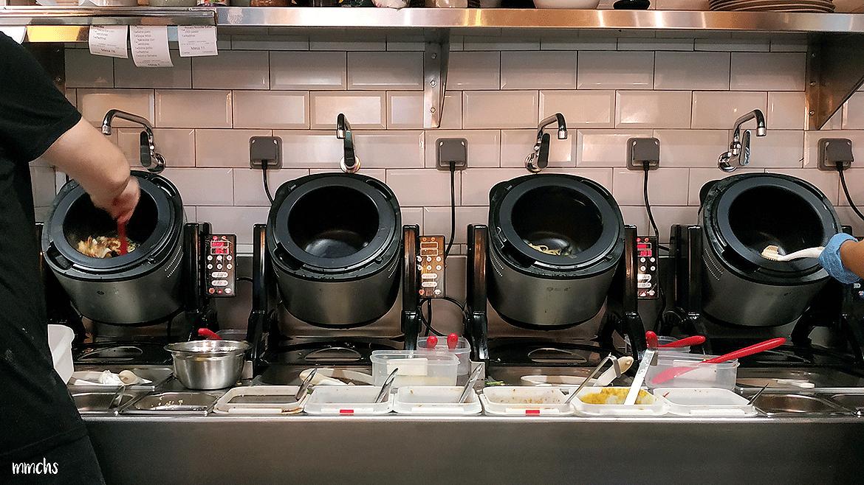 cocina restaurante Crensa Valencia camareros robots