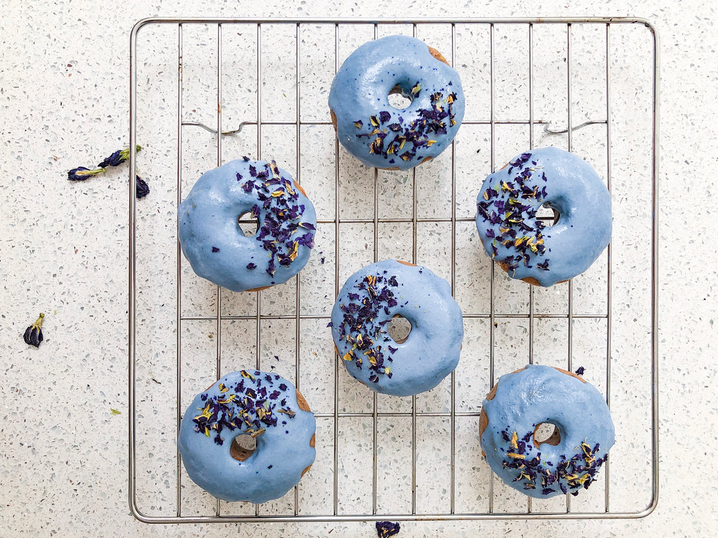 blue-donuts