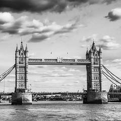 Tower Bridge. Londres (una obviedad) Tomada en estos días de paseo que estuve caminando por la gran ciudad :grinning: #london #canong7xmarkii