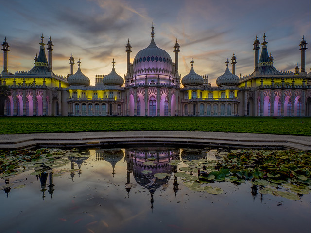 angels are singing at the royal pavilion