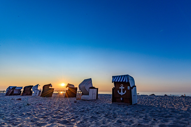 Beach chairs at the baltic sea - 3804
