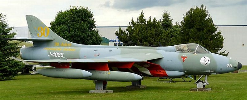 Hawker Hunter F-6 2
