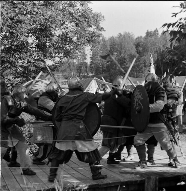 Viking bridge clash 2
