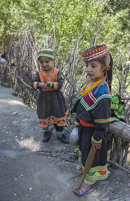 Girls - Kalash 2009