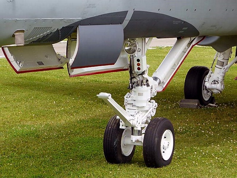 McDonnell Douglas CF-118 Hornet 4
