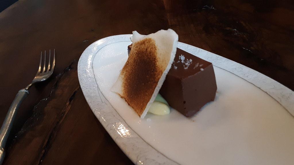 Chocolate cremeux