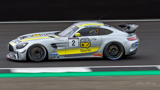 (2) Sports and You - Mercedes AMG GT4 HP
