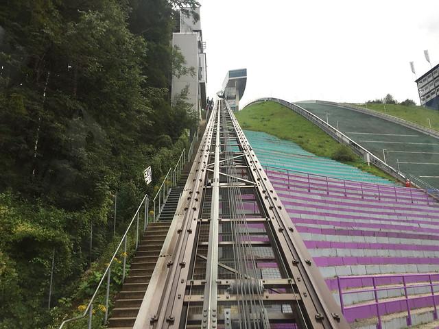 43 - Im Schanzenlift - Bergisel Schanze - Unterer Abschnitt