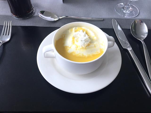 50 - Karottenschaumsuppe - Restaurant Bergisel Schanze