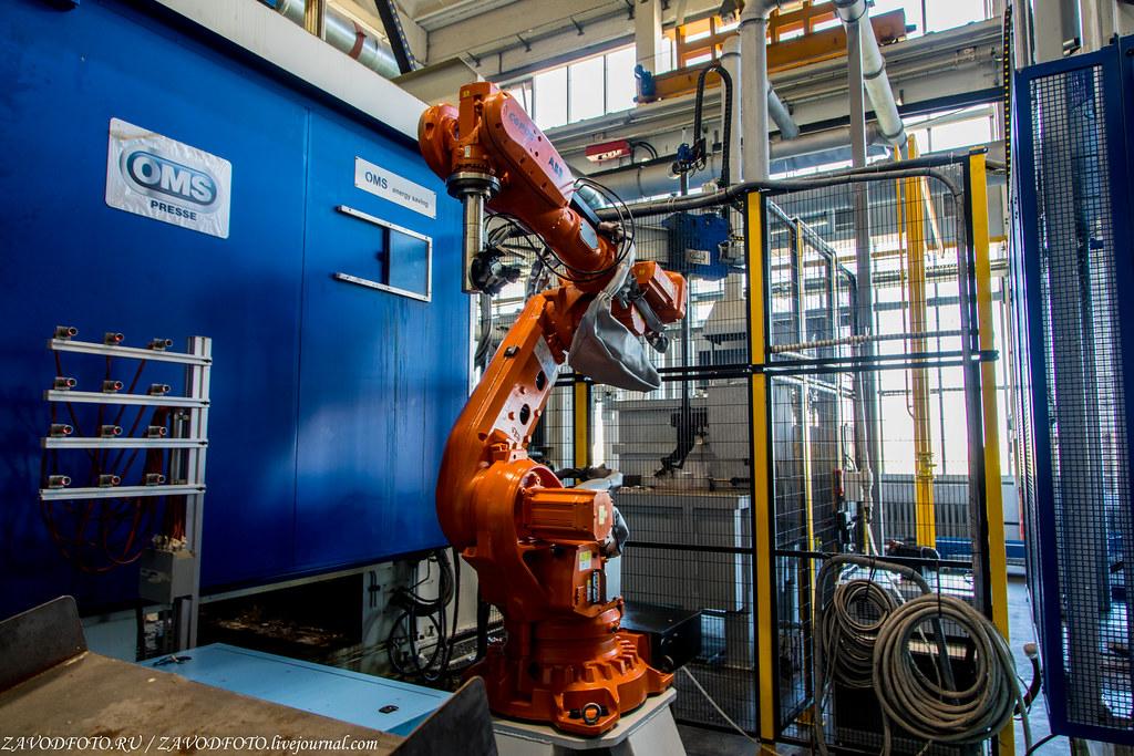Крупнейший в России завод по  производству светотехнических решений светильников, компании, «Световые, компания, производство, завода, более, металла, технологии», продукции, завод, России, только, освещение, литья, драйверов, алюминиевого, Здесь, могут, например