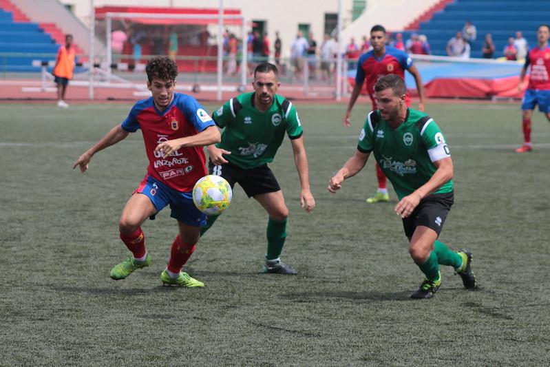 , U.D. Lanzarote 1 & Atlético Paso 1