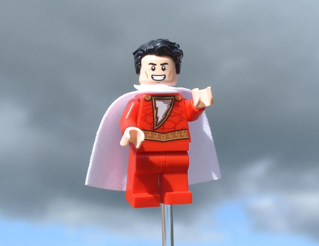 LEGO DC Comics Super Heroes 30623 SHAZAM! review