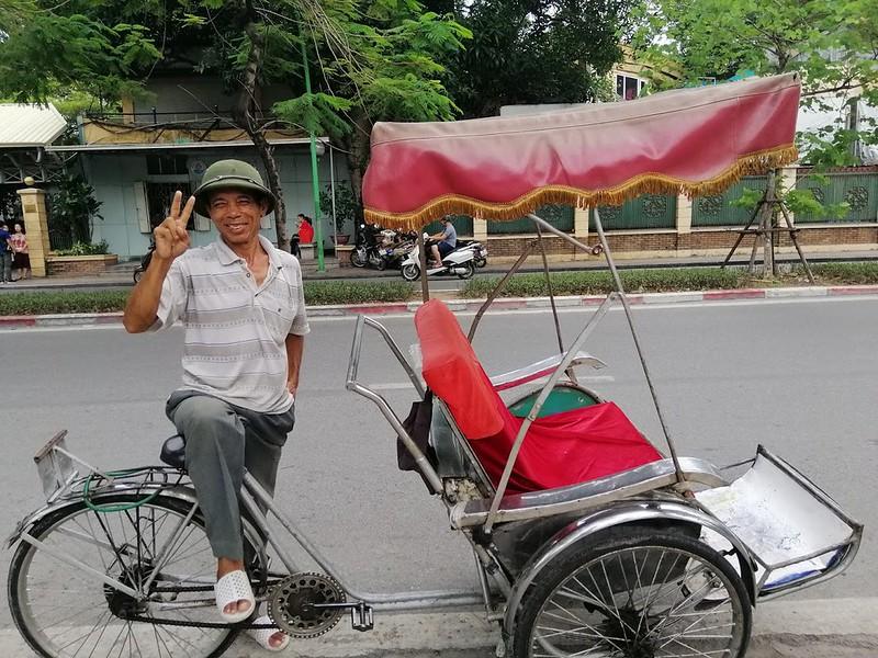 Vietnam Hanoi Cyclo 2 (1)