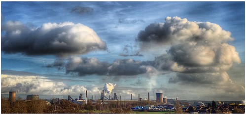 industry industrial steelworks furnaces blastfurnace towers cooling stacks steeltown scunthorpe northlincs northlincolnshire nlincs lincolnshire sky skywatching clouds cloud cloudscape houses weather weatherwatch image imageof imagecapture panoramic pano photography photoof outdoors outside