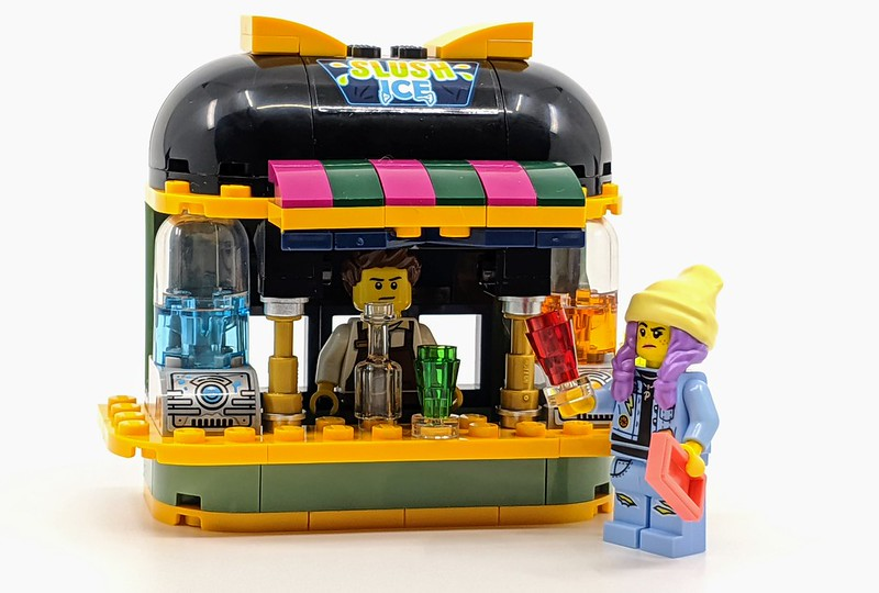LEGO Hidden Side Newbury Juice Bar
