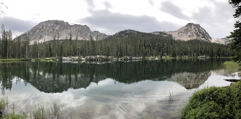 Lake 8165