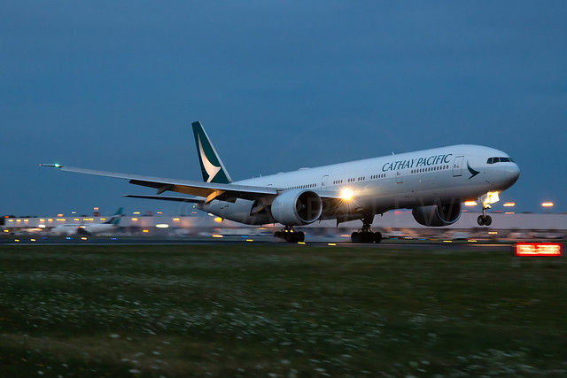 Cathay Pacific Boeing 777-300ER B-KQD