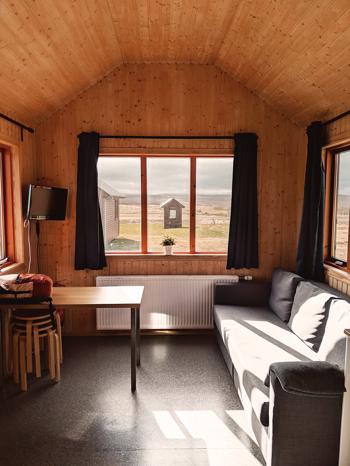04hvammstangi-cottages-iceland-travel-tinyhome