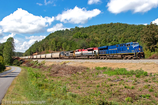 NS 56E w/ Norfolk and Western Heritage Unit