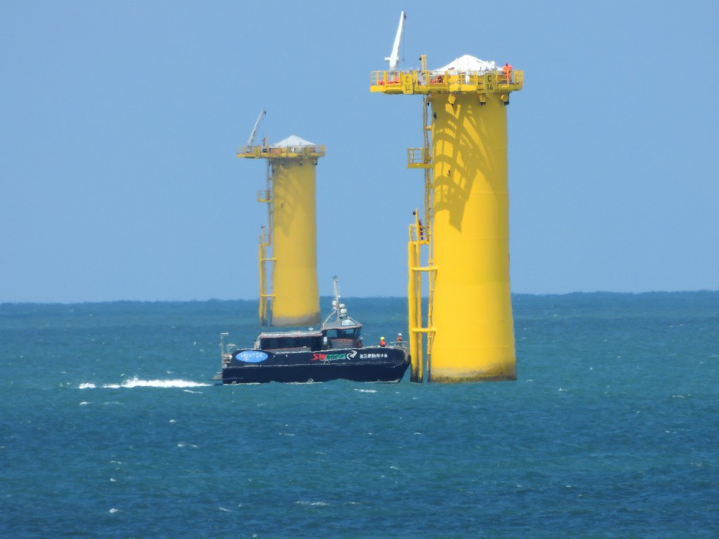 正在施工中的海洋離岸風電風場 Formosa 1。圖片提供:許震唐