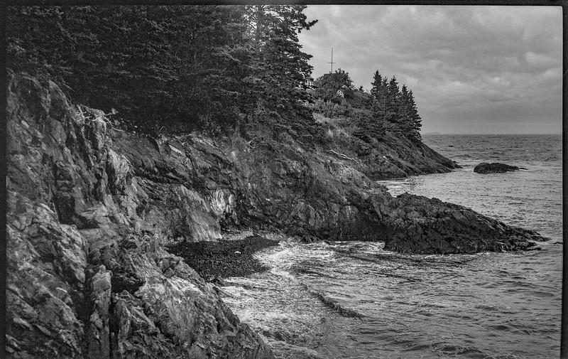 bluffs, rocky outcroppings, Atlantic Ocean, Owl's Head, Maine, Ercona II, Kodak TMAX 400, HC-110 developer, 9.7.19