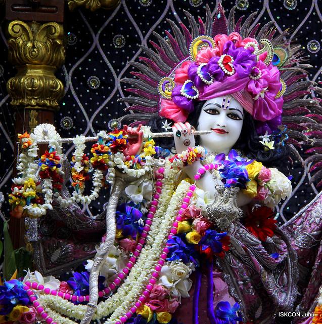 ;ISKCON Juhu Sringar Deity Darshan on 9th Sep 2019