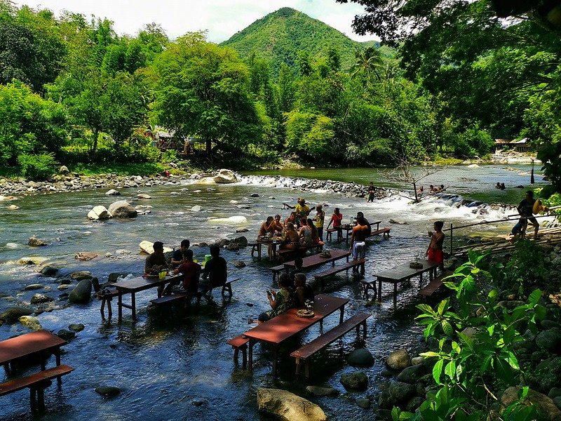 Lunch at Tibiao River