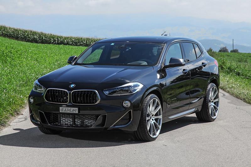 BMW F39 X2 M35i with 20 inch wheels