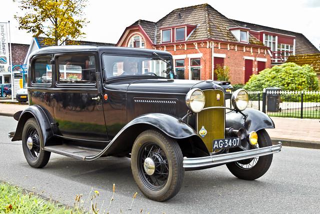 Ford Model B Tudor 1932* (0049)