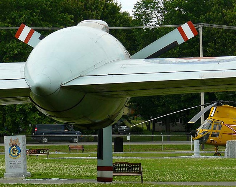 Canadair Argus CP-107 6